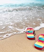 Letná pláž pri mori